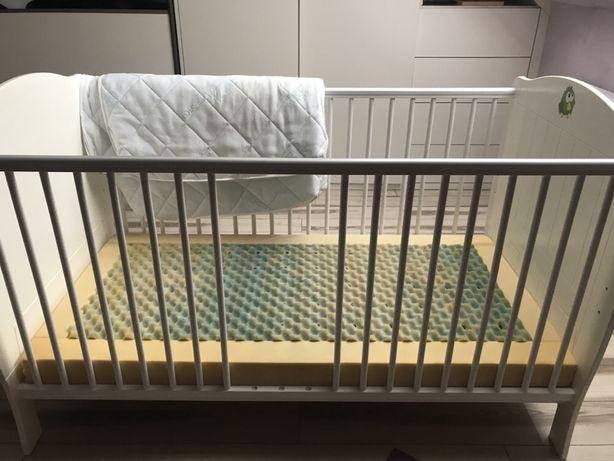 Łóżeczko 70x140 z funkcja tapczanika z materacem