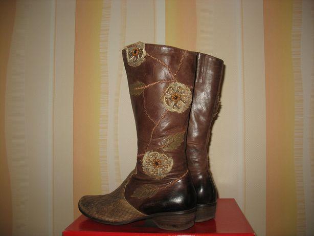 Сапоги кожаные женские демисезонные. Размер 39, стелька - 24,5 см