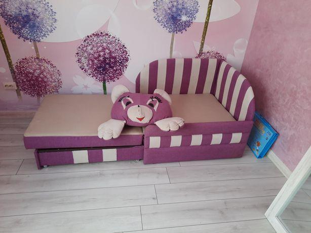 Дитяче ліжечко .