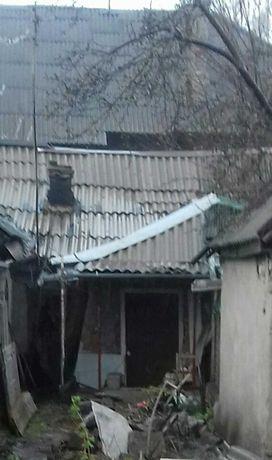 Продам часть дома в центре с отдельным двориком