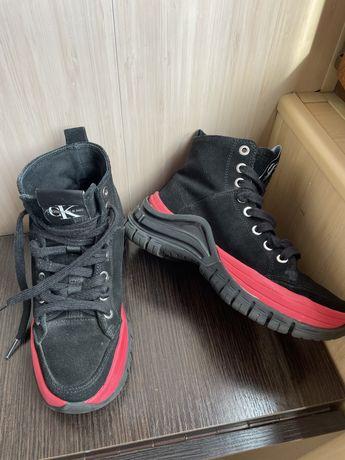 Черевики, кросівки Calvin Klein