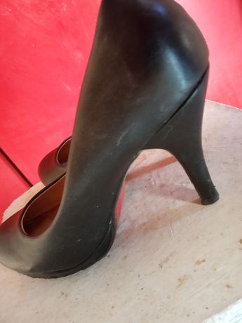 Szpilki czarne damskie 37 eleganckie