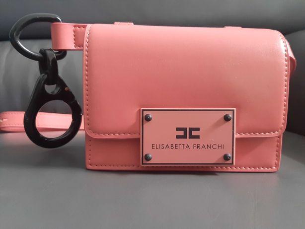 Elisabetta Franchi piekna różowa torebka nerka