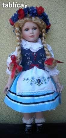 Lalka porcelanowa w stroju kaszubskim