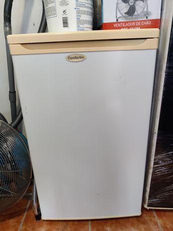 Dois refrigeradores