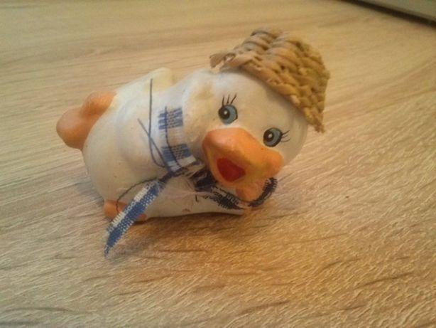 kaczka kaczuszka figurka ozdoba dla dzieci