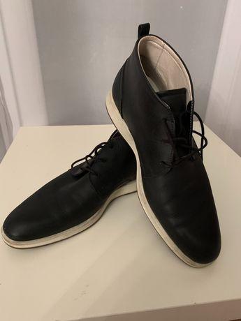 Trzewiki męskie ECCO Mercedesik wśród butów