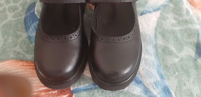 Стильные кожаные, школьные туфли PABLOSKY для девочки 30рр.