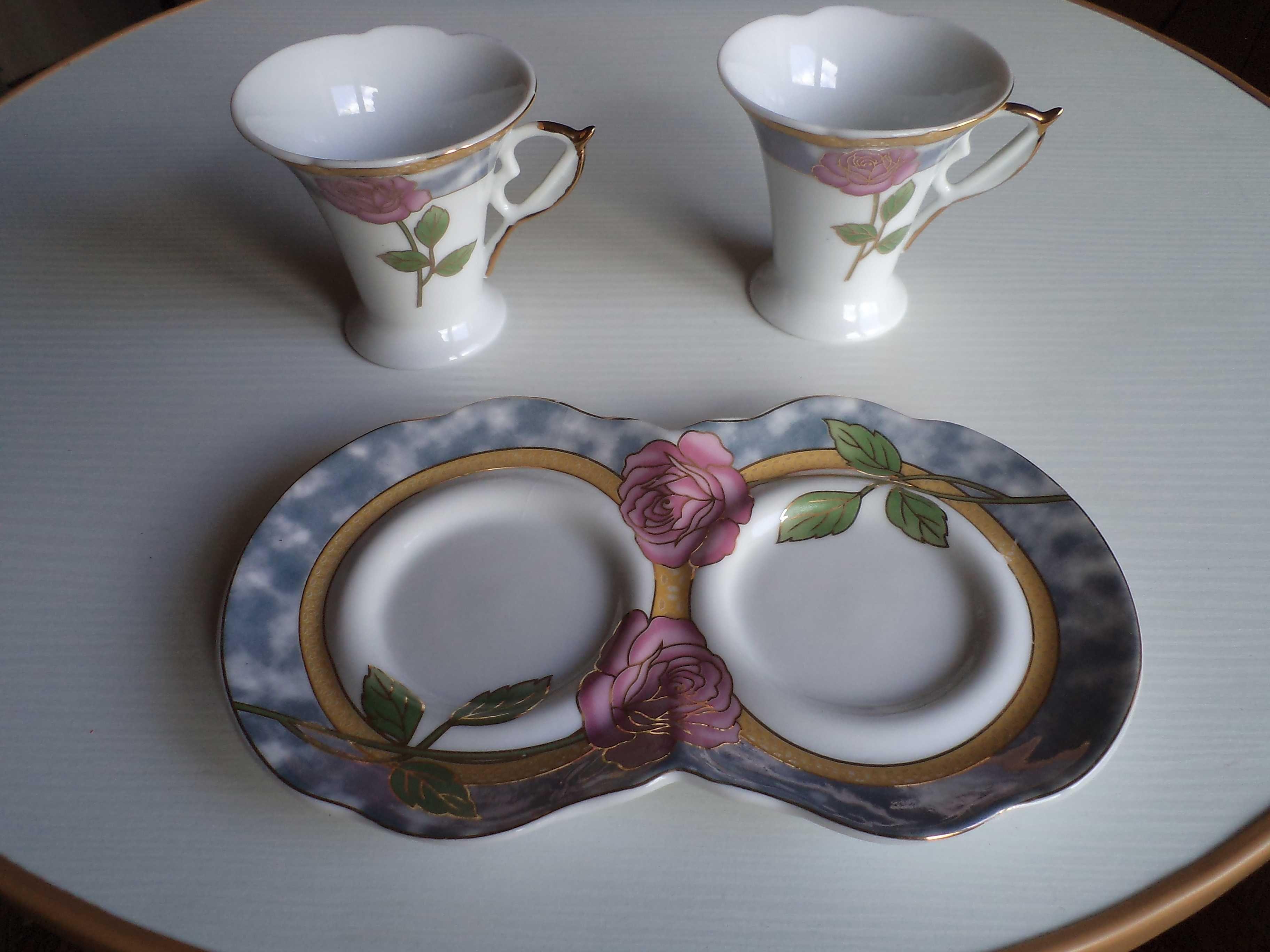 Подарок.  Красивая посуда, кофейная пара, 2 чашки, двойное блюдце