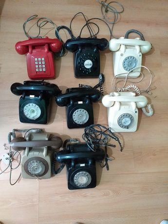 Lote 15 telefones antigos diversos verdes cremes pretos cinzentos etc