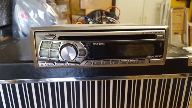 Auto radio Alpine  - leitor mp3 + cd