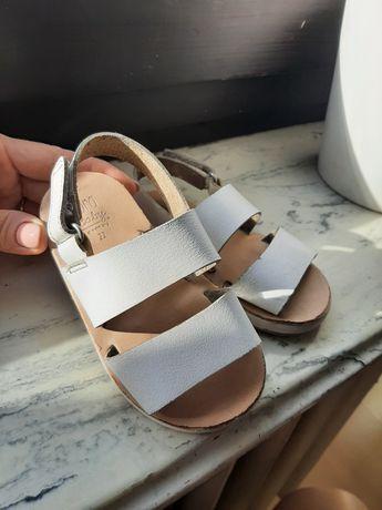 Sandałki skórzane zara