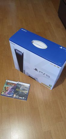 Bundle de Playstation 5 Standart SELADA + Ratchet Sel. + Returnal Sel.
