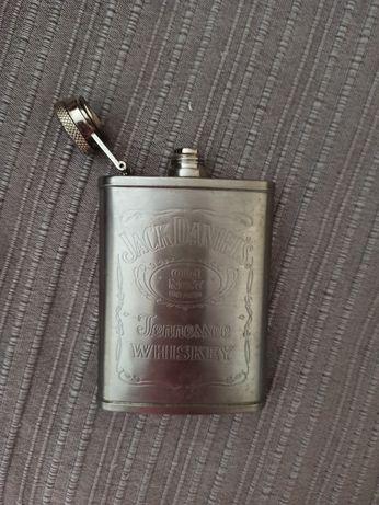 Garrafa de whisky de bolso