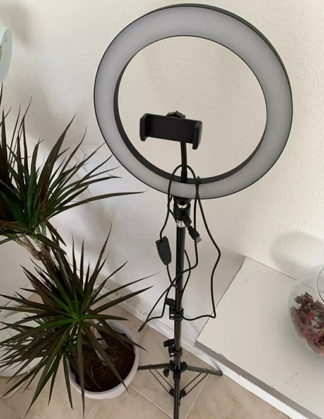 Ring Light com Tripé Extensível Até 160 cm - Anel 26cm [NOVOS]