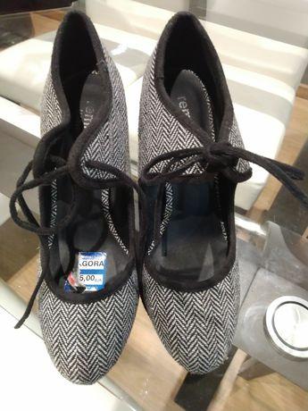 Vendo sapato moderno novo
