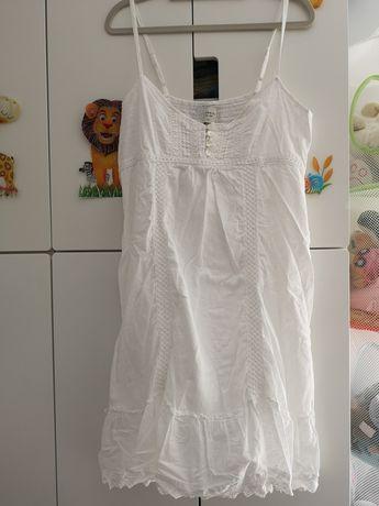 Reserved sukienka z haftem rozm. 40