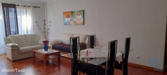 Apartamento - 100 m² - T1