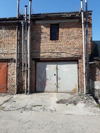 Продам двохрівневий цегляний гараж з підвалом