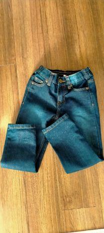 Jeansy chłopięce r.110