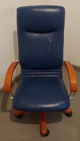 Fotel - niebieska skóra