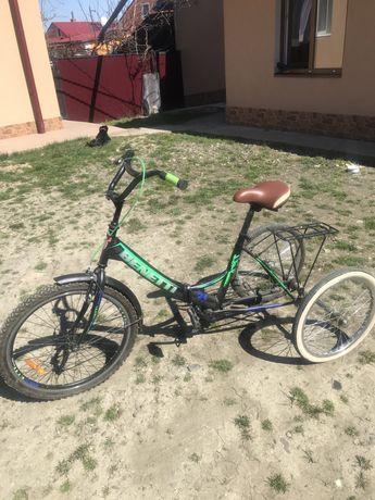 Велосипед трьохколісний