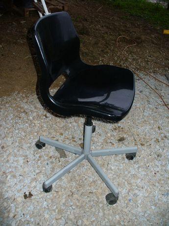 SNILLE Cadeira giratória preta