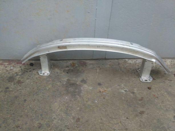 Усилитель бампера переднего (шина) крайслер 200 15-17г 68096057AD
