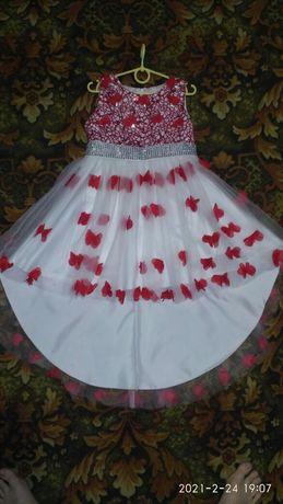 Плаття   випуксне в садочок  120р.