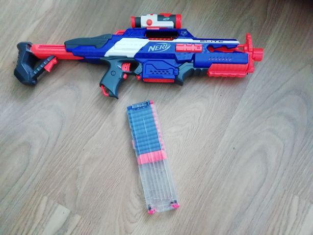 Sprzedam pistolet nerf elit