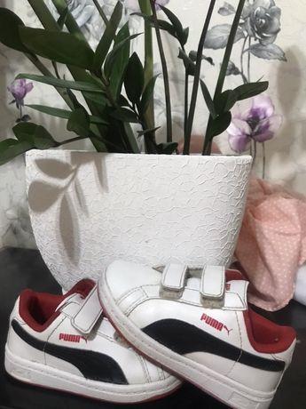Кросівки дитячі PUMA оригінал 22 розмір.