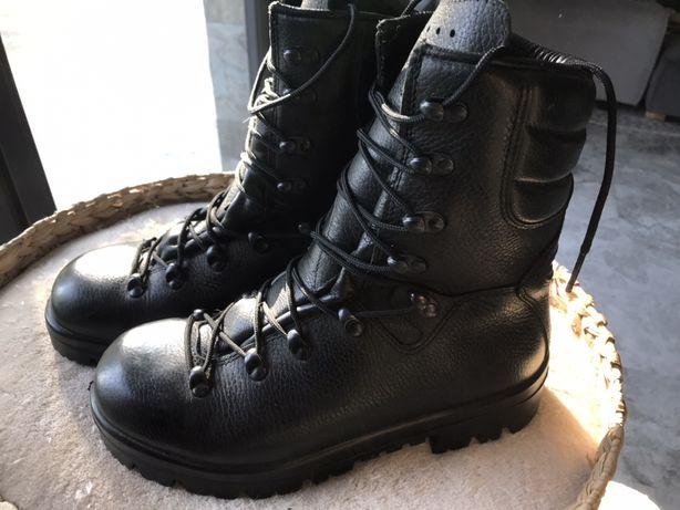 Oryginalne wojskowe buty skórzane roz 26,5 DEMAR nowe