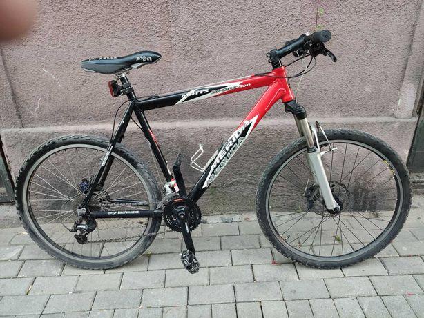 Rower Górski 26 cali. Rama Merida 21.5 cal, Deore XT, hamulce tarczowe