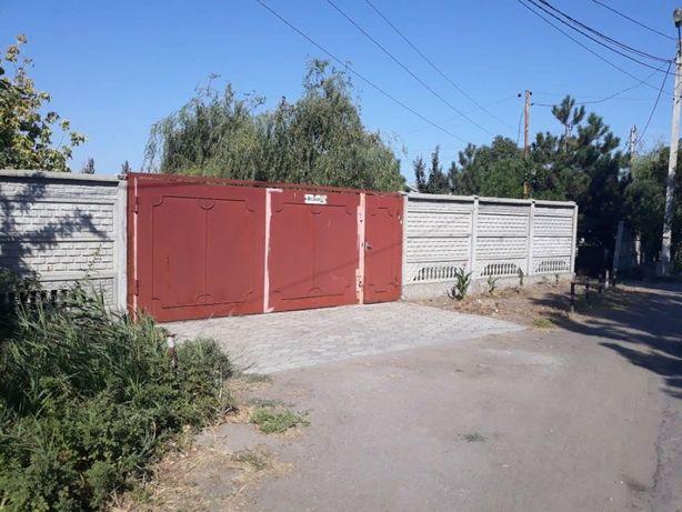 Продам участок п. Белосарайская Коса с домиками для отдыхающих