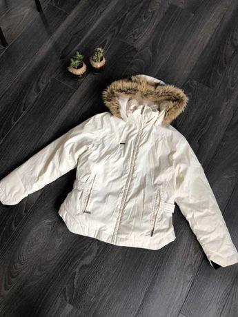 Біла зимова куртка Columbia