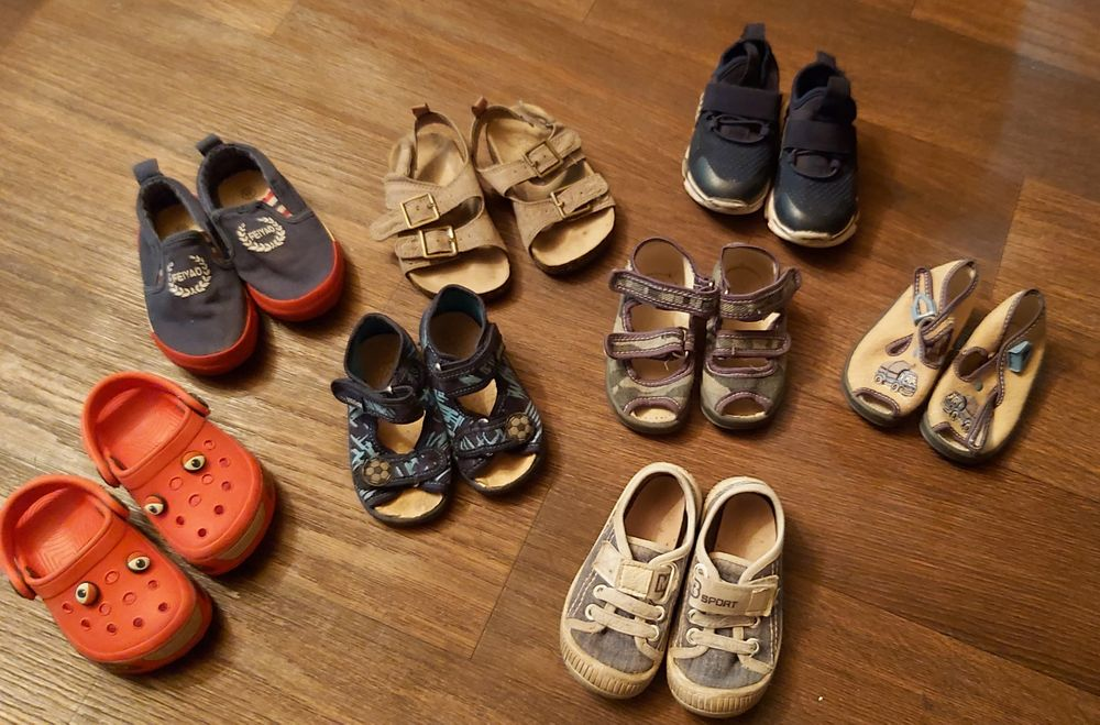 Обувь на мальчика ,кроксы,кеды ,сандали,кроссовки Донецк - изображение 1