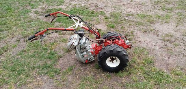 Traktorek ciągniczek jednoosiowy glebogryzarka