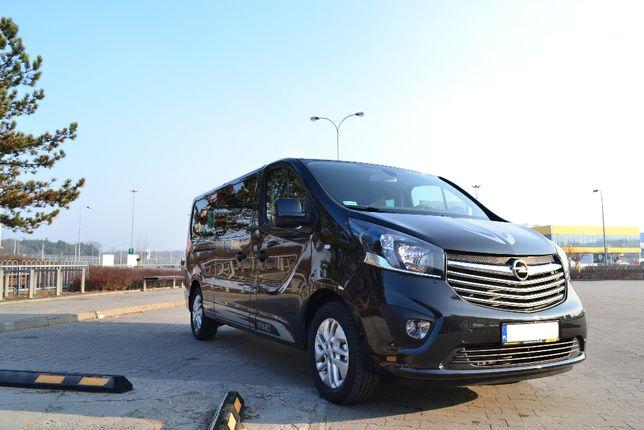 Wynajem busa osobowego, wypożyczalnia busów Opel Vivaro Warszawa