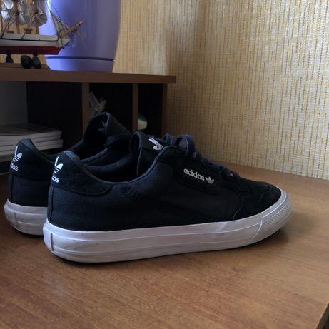 adidas skatebording ( nike sb , vans , converse)