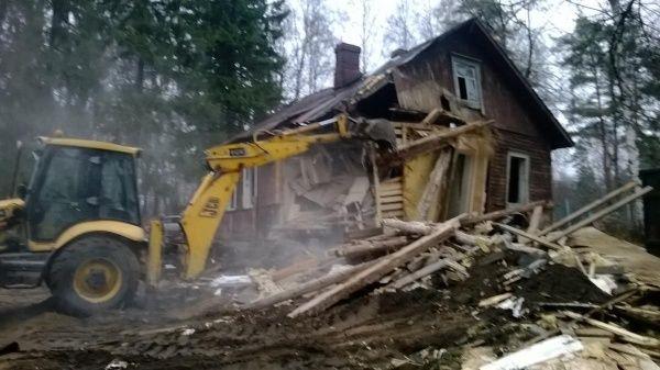 Разборка постройки, сооружений. Демонтаж дома,сарая. Демонтаж - вывоз