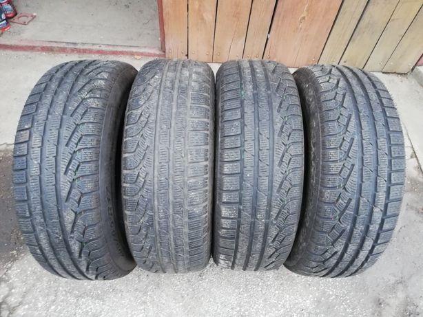 Komplet opon Pirelli Sottozero Winter 210 205/65/17 96H 9