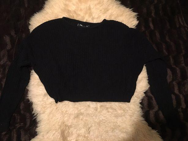 Czarny krótki sweter nietoperz New Yorker