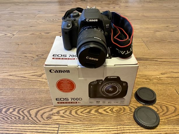 «Canon EOS 700D» EF-S 18-55 IS STM Kit