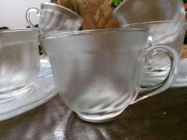 """Chávenas de chá com pratos """"ARCOROC"""""""