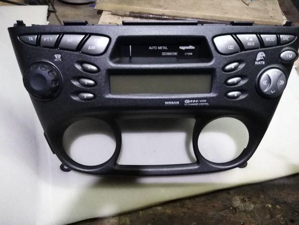 Radio nissan almera