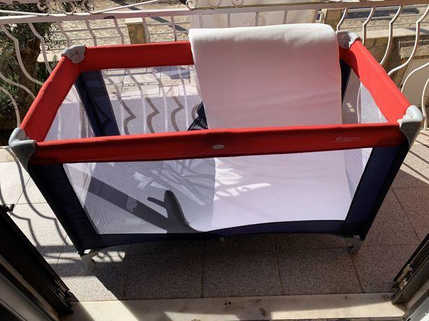 Cama de viagem para bebé + colchão