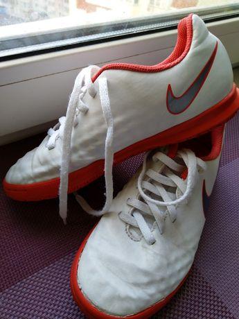 Бутсы, футзалки, кроссовки Nike Magista р. 33,5~21 см
