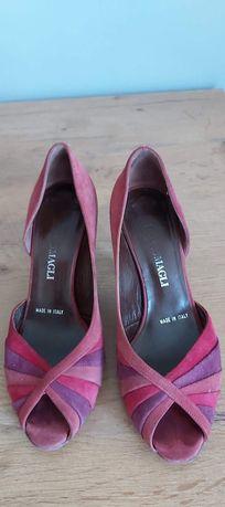 Buty włoskie, zamszowe rozmiar 36