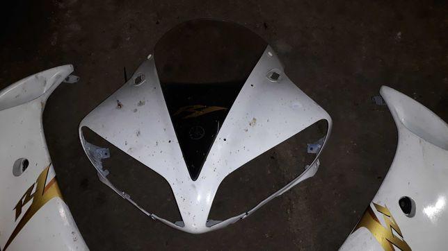 Yamaha R1 RN12 - Czasza, czacha owiewki