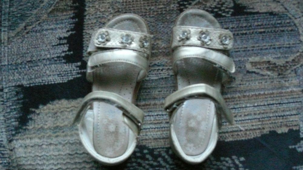 сандалии босоножки Дружковка - изображение 1